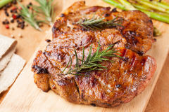 Grilled pork chop with mashed potato and asparagus Stock Photography
