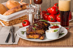 Grilled pork ribs in barbecue sauce Royalty Free Stock Photos