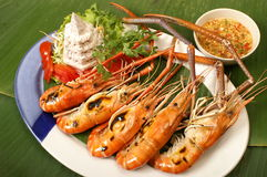 Grilled prawn. ห decorated on a dish with taro Stock Photography