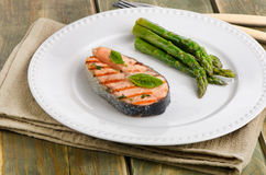 Grilled salmon with green asparagus Royalty Free Stock Image