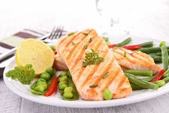 Grilled salmon and vegetable Stock Photography