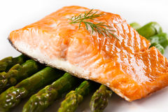 Grilled salmon and vegetables Royalty Free Stock Photography