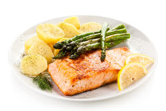Grilled salmon and vegetables Stock Photography