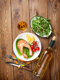Grilled salmon and whtie wine Royalty Free Stock Images