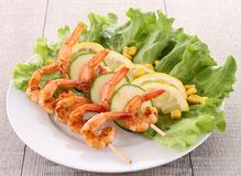 Grilled shrimp and salad Royalty Free Stock Images
