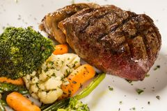 Free Grilled Sirloin Steak With Grilled Vegetables Stock Photo - 103391880