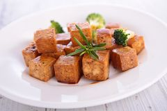 Grilled tofu with soy sauce Royalty Free Stock Images