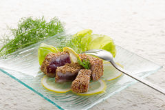 Grilled tuna with seed sesame Royalty Free Stock Photos