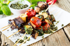 Grilled  vegetables and beef shishkabobs Royalty Free Stock Photo