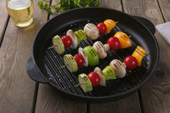 Free Grilled Vegetables On Skewers Grill Frying Pan Royalty Free Stock Photos - 94376668
