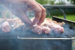 Grillen des Fleisches Lizenzfreie Stockfotos