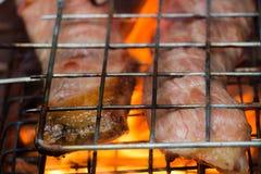 Grillen des Rindfleisches Stockfoto
