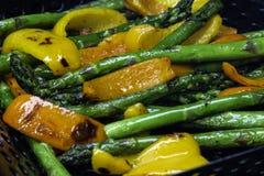 Griller des légumes Photographie stock libre de droits