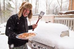 Griller feliz do inverno Imagens de Stock Royalty Free