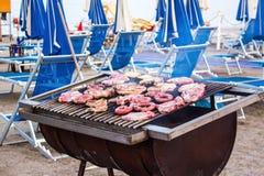 Grillfest på stranden Arkivfoto