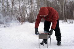 Grillfest som lagas mat för att laga mat på gallret Arkivfoto