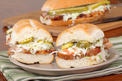 grillfestporksmörgås Royaltyfri Bild