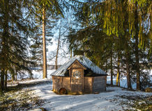 Grillhaus im Wald Stockbilder