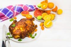 Grillkip en citrusvrucht Royalty-vrije Stock Afbeelding