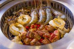 GrillMeeresfrüchte und Fleisch Stockbild