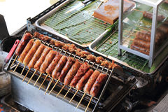 Grills fresh sausages Royalty Free Stock Photos