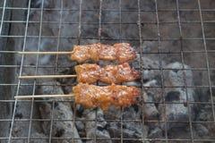 Grillvarkensvlees in Thaise gerstkorrel in Thailand stock fotografie