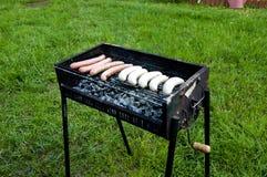 Grillwürste Lizenzfreies Stockfoto