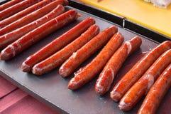 Grillwurst auf Ofen Lizenzfreie Stockfotografie