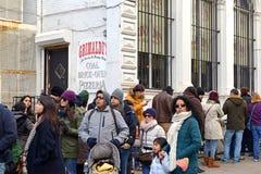 Grimaldi's Pizzeria, Brooklyn, New York. NEW YORK - CIRCA JANUARY 2015. Customers wait on line outside Grimaldi's Pizzeria in Brooklyn, one of New York's Stock Photos