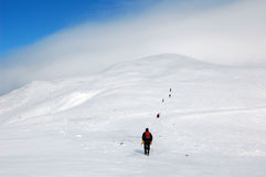 Grimpeurs en montagnes Images stock