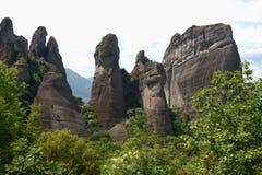 Grimpeurs grecs de falaises de roche de montagne de meteora Images libres de droits