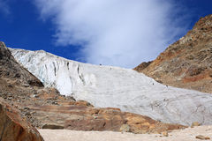 Grimpeurs sur un glacier Image stock