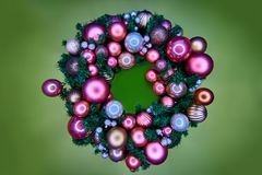 Grinalda colorida brilhante do Natal imagens de stock royalty free