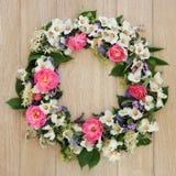 Grinalda da flor do verão Foto de Stock