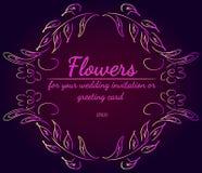 Grinalda das rosas ou das flores das pe?nias com cores violetas, amarelas e cor-de-rosa Elementos florais do projeto do quadro pa ilustração stock