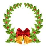 Grinalda do Natal com curva e os sinos vermelhos Fotografia de Stock
