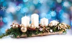 Grinalda e velas do advento Imagens de Stock Royalty Free