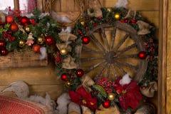 Grinalda náutica de madeira do Natal da roda do navio Imagens de Stock