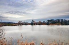 Grinava jeziorny chmurny niebo Obrazy Royalty Free