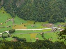 Grindelwald switzerland La vall?e de la petite ville photo libre de droits