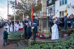 GRINSTEAD DO LESTE SUSSEX/UK OCIDENTAL - 13 DE NOVEMBRO: Cerimonia comemorativa o foto de stock royalty free