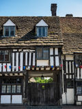 GRINSTEAD EST, SUSSEX/UK OCCIDENTAL - 23 JUILLET : Vieux Tudor Buildings photographie stock