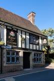 GRINSTEAD EST, SUSSEX/UK OCCIDENTAL - 26 OCTOBRE : Bar de Rose et de couronne Photo stock