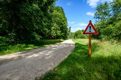 grintweg in de zomerplatteland Royalty-vrije Stock Foto's