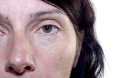 Grinze secondo la donna di mezza età 40-45 anni Fotografia Stock