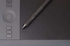 Grip Pen On Graphic Tablet Royalty Free Stock Images