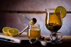 Gripe y medicina para el resfriado naturales Imagen de archivo