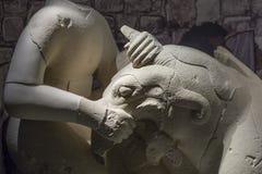 Griphomaquia, sculptore小组由calcarenite制成 图库摄影