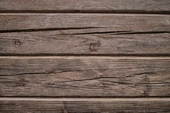 Gris, fondo de madera mate de registros con las grietas fotos de archivo