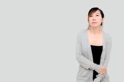Gris que lleva modelo de la mujer asiática china Fotografía de archivo libre de regalías